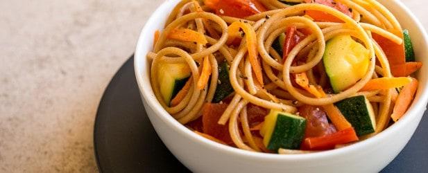 Nutritionist's Corner: Feeding Your Toddler Vegetables Thumbnail